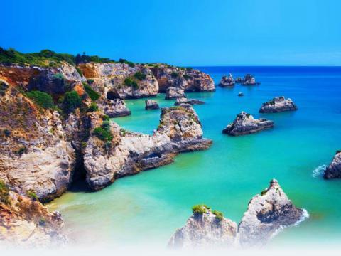 Португалия это отдых на очень живописной береговой линии