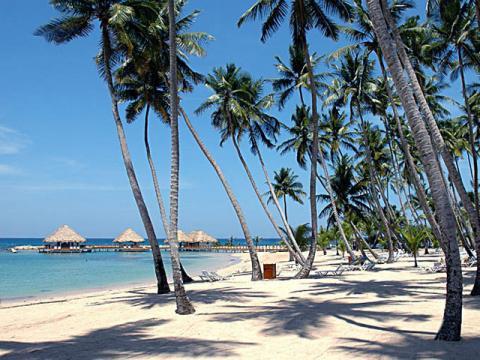 Доминикана. Стоит посетить пустынный пляж