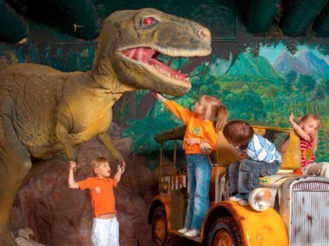 Парк с динозаврами в Чехии интереснейшее место для детей