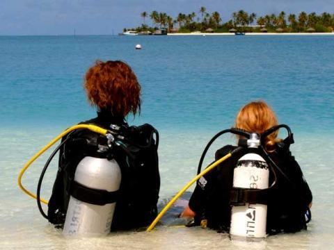 Для детей постарше, во время отдыха, будет интересно изучать подводный мир Мальдив