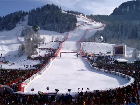 Знаменитая трасса скоростного спуска Штрайф Австрийского горнолыжного курорта Китцбюэль