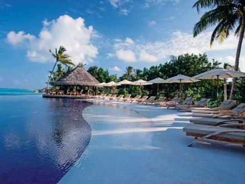 Мальдивы лучшее место для спокойного отдыха
