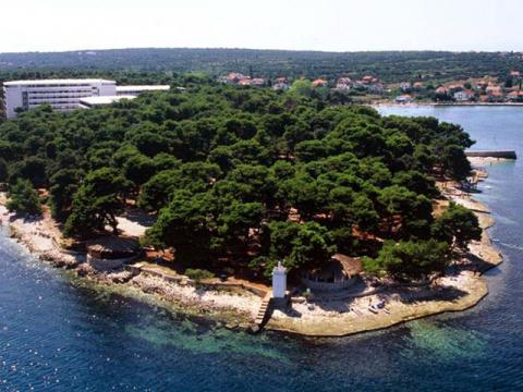 Тихо, красиво и уютно на хорватском курорте Петрчане