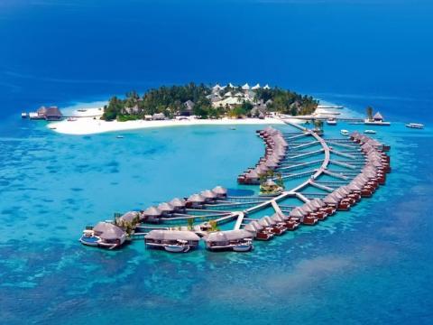 Лучшее что может предложить сеть W hotels – отель W Hotel на Мальдивах