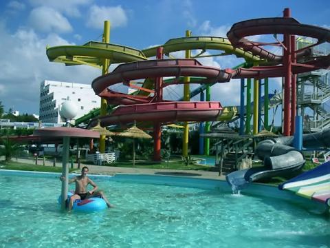 Аквапарк в Тунисе отличное место для отдыха с детьми