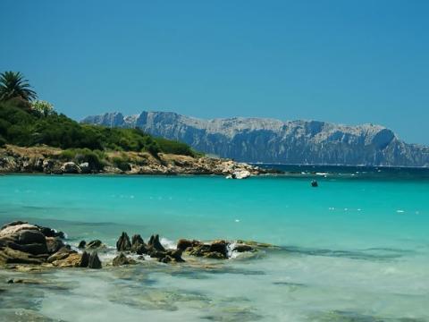 Красивейшая береговая линия острова Сардиния