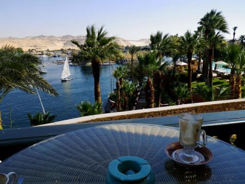 Чаевые в Турецких и Египетских ресторанах принято оставлять также как и в европейских