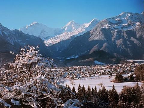 Один из самых интересных горнолыжных курортов Швейцарии Интерлакен