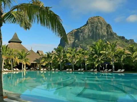 Красивейшая природа – основа успеха туризма на Маврикии