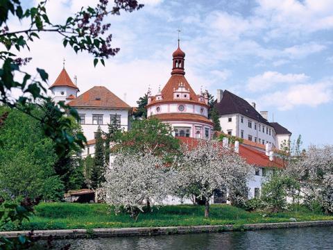 В Чехии очень много интересных мест расположенных за приделами Праги
