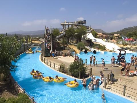 Один из аквапарков в Испании – идеально для отдыха с детьми