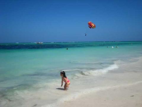 Тихий семейный отдых на пляжах Пунта Кана