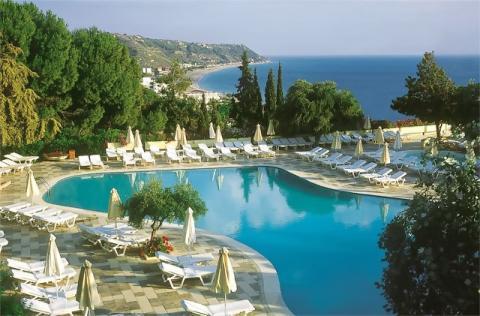 Все кто ищут туры в Грецию просматривают разные отели