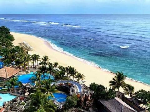 Отели, в которые продают путевки, на острове Бали максимально гармонируют с природой