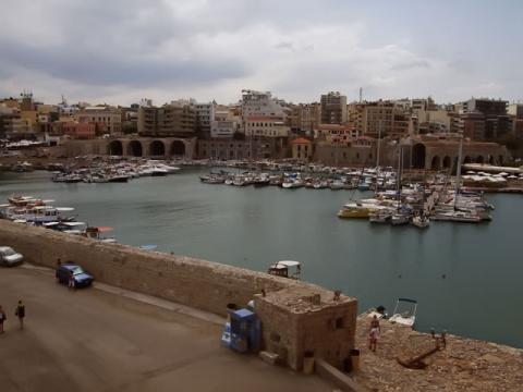 Вид на столицу острова Крит город-курорт Ираклион